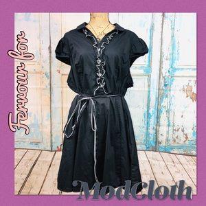 ➕ Vintage Style Ruffled Dress